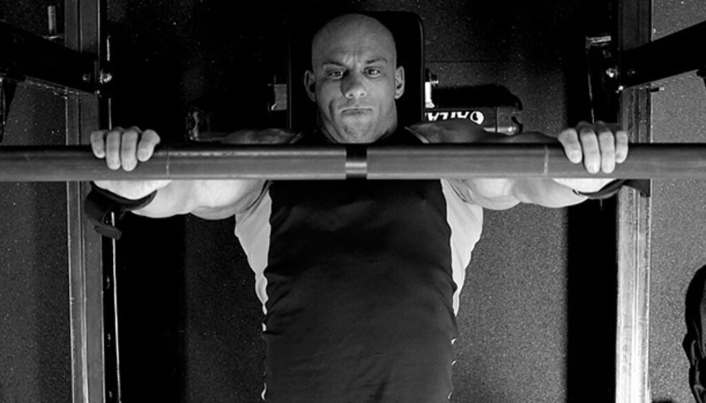 Tip-Use-the-Thumbless-Bench-Press