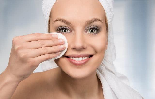 El té de manzanilla puede prevenir los poros abiertos 1