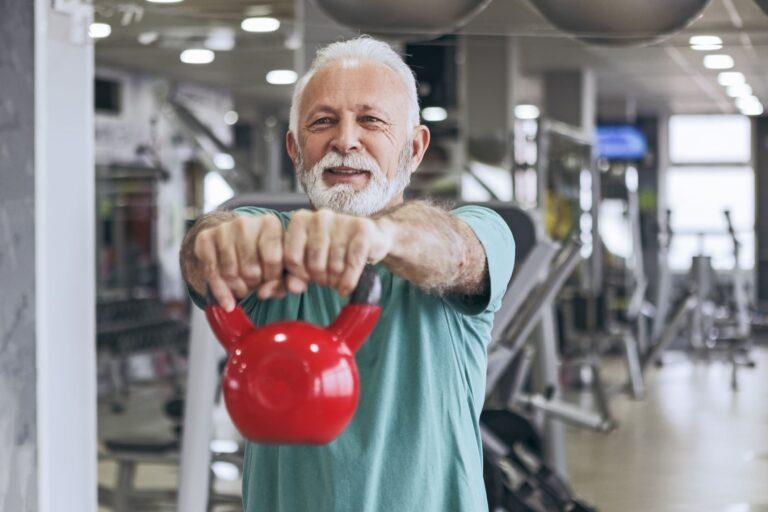 Descubre los beneficios del entrenamiento funcional para personas mayores 2