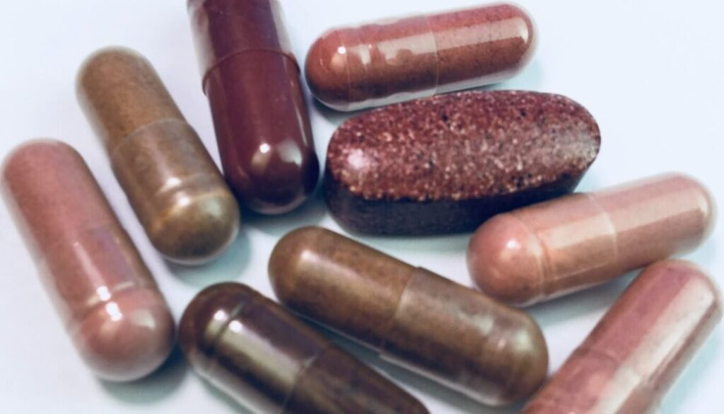 276_image_hires_red-yeast-rice-supplements-reviewed-by-consumerlab-hires-2020.jpg