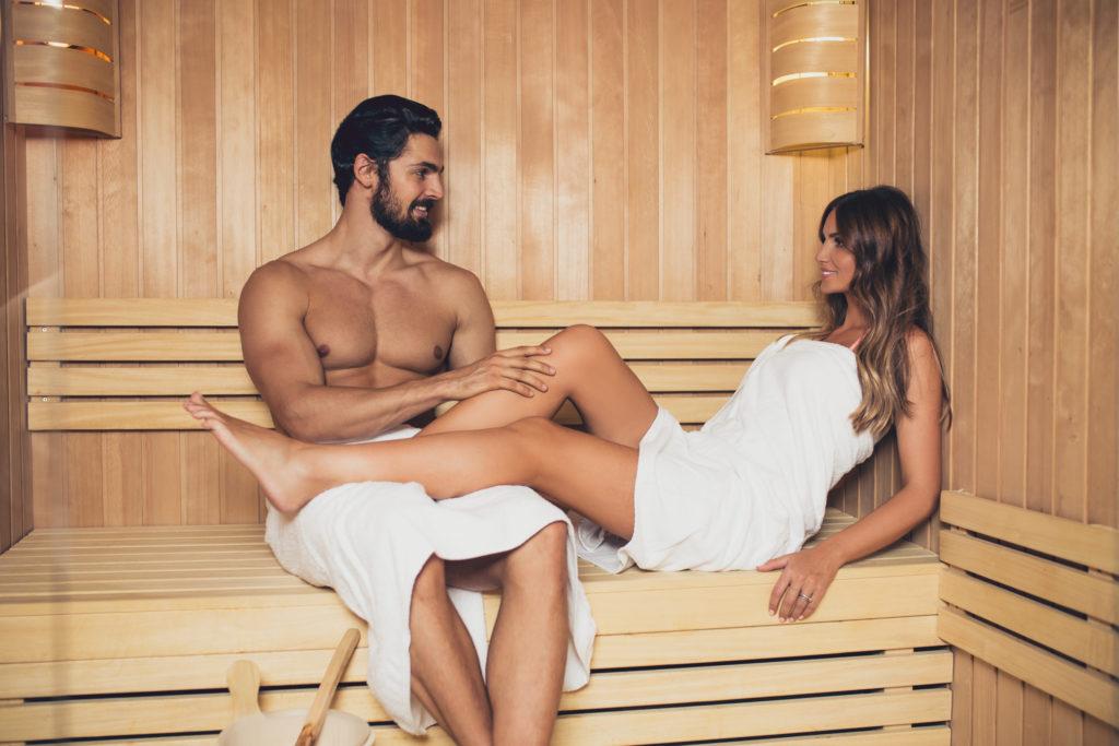 12 beneficios para la salud de la sauna + consejos y precauciones de seguridad 1