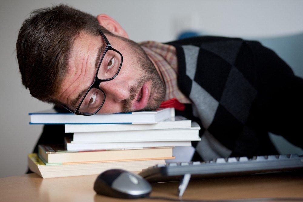 12 posibles causas de cansancio después de comer 1