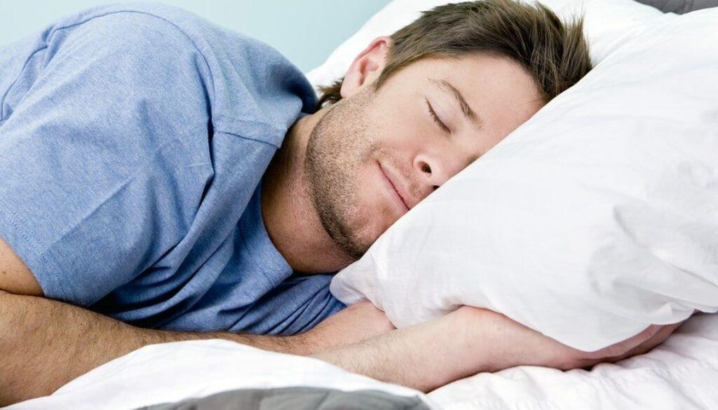 bigstock-Man-comfortably-sleeping-in-hi-15694625-min.jpg